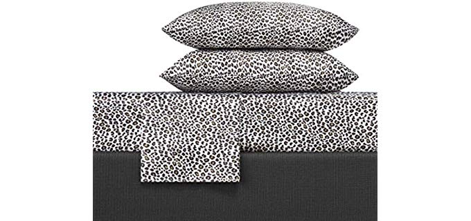 Betsey Johnson Leopard Print - 100% Polyester Satin Sheet