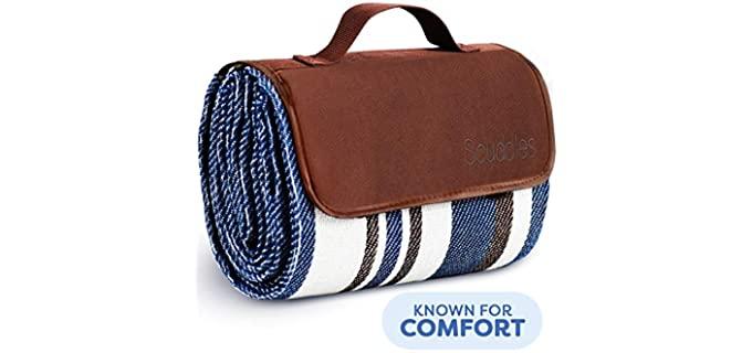 Scuddles Lounging - Oversized Picnic Blanket