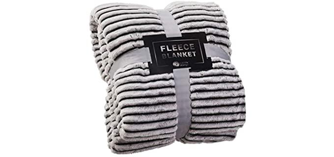 Green Orange Fluffy - Fleece Blanket