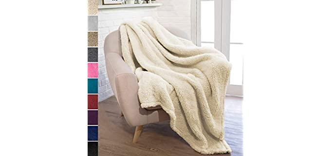 Pavilia Throw - Sherpa Fleece Blanket