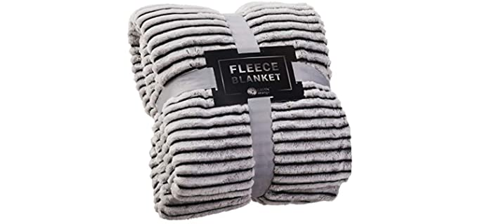 Green Orange Fleece - Fuzzy Fluffy Blanket